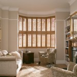 Richmond Medium Oak Shutter